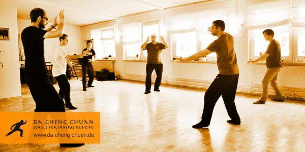 Intensivtraining in der Da Cheng Chaun Kampfkunstschule